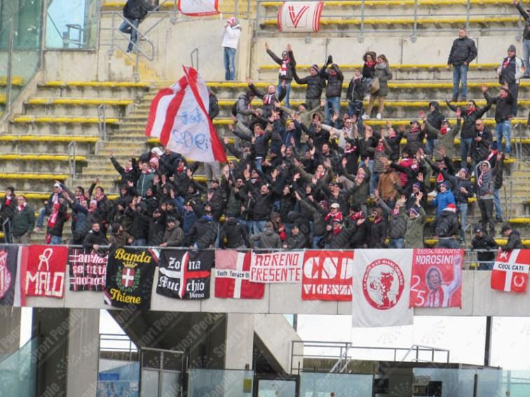 Bari-Vicenza-Serie-B-2015-16-09
