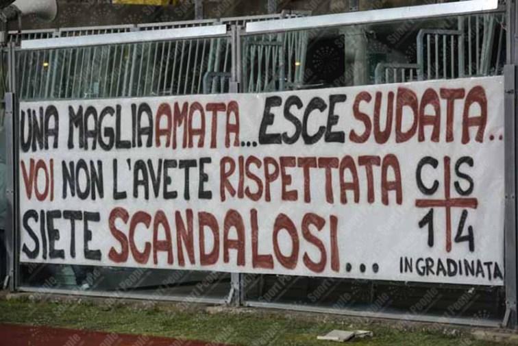 Livorno-Como-Serie-B-2015-16-01