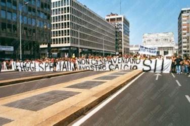 Manifestazione-Ultras-Milano-Giugno-2003-09