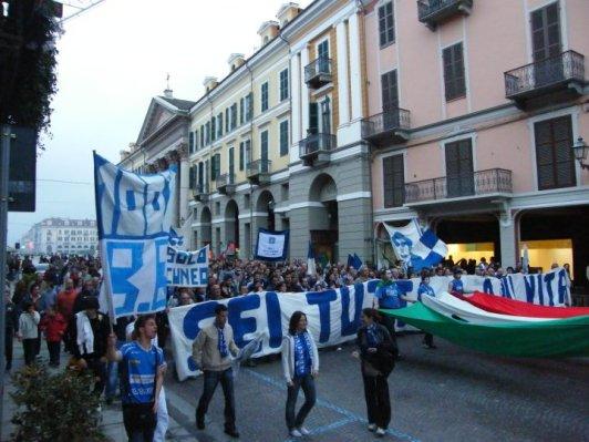 FOTO 4 ARTICOLO - BB CUNEO IN PROTESTA PER LE STRADE