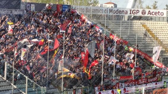 Carpi-Genoa-Serie-A-2015-16-04