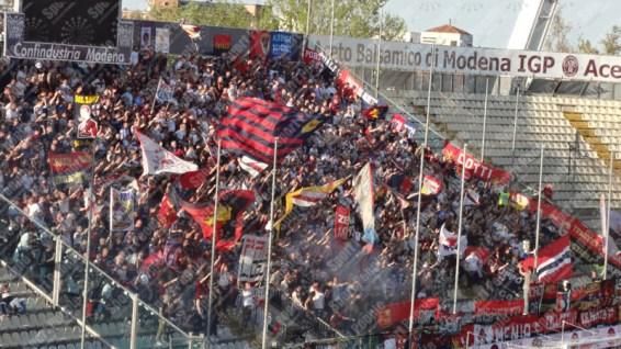 Carpi-Genoa-Serie-A-2015-16-05