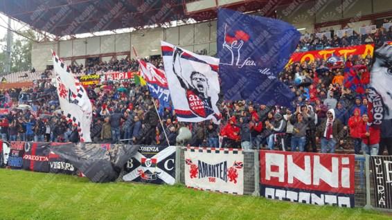 Cosenza-Foggia-Lega-Pro-2015-16-02-04