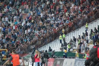 Stella-Rossa-Partizan-Superliga-Serbia-2015-16-60