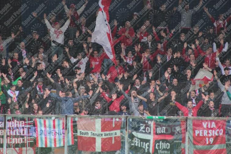 Latina-Vicenza-Serie-B-2015-16-09