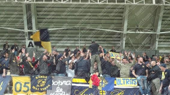 Modena-Crotone-Serie-B-2015-16-13