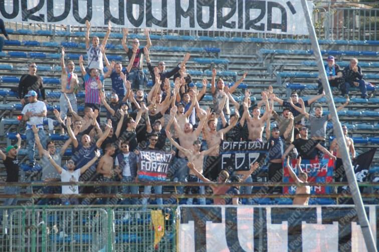 Paganese-Catania-Lega-Pro-2015-16-09
