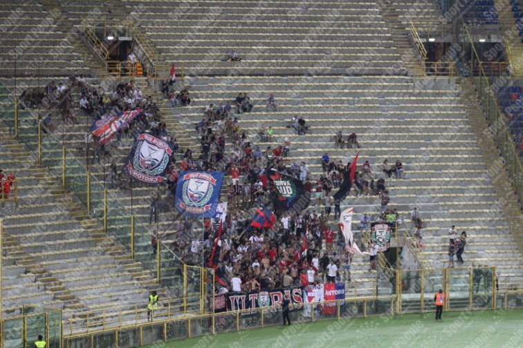 Bologna-Crotone-Serie-A-2016-17-01
