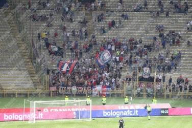 Bologna-Crotone-Serie-A-2016-17-05