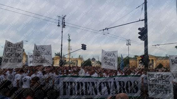 Ferencvaros-Budapest-protesta-contro-riconoscimento-biometrico-2016-17-18