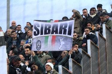 Crotone-Juventus-Serie-A-2016-17-02