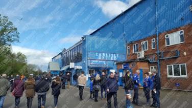 Carlisle-United-Stevenage-League-Two-2016-17-02