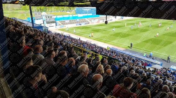 Carlisle-United-Stevenage-League-Two-2016-17-09