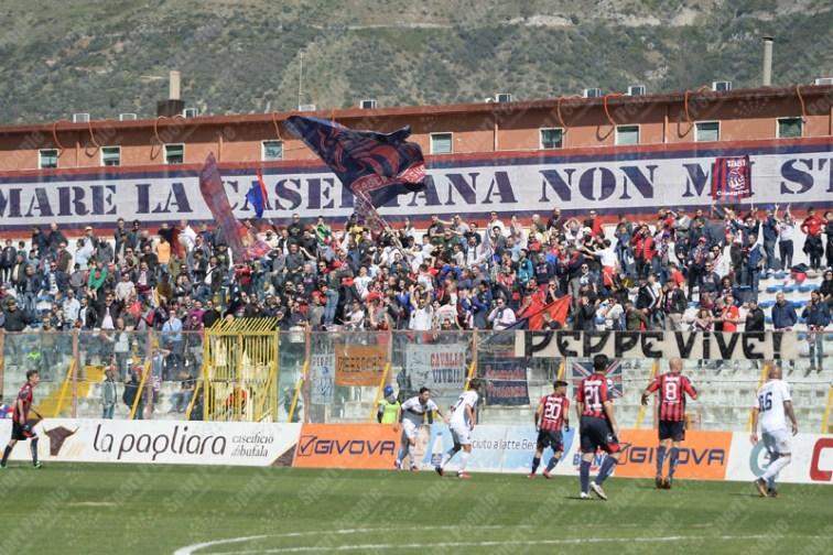 Casertana-Cosenza-Lega-Pro-2016-17-01