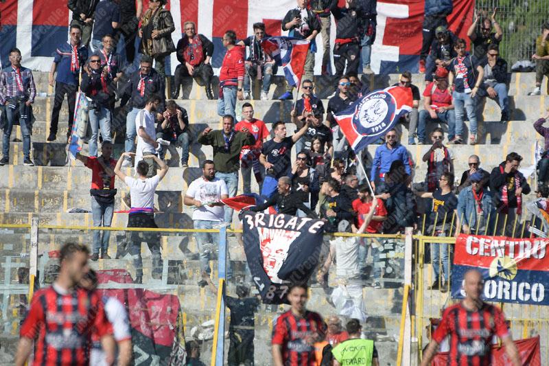 Casertana-Cosenza-Lega-Pro-2016-17-12