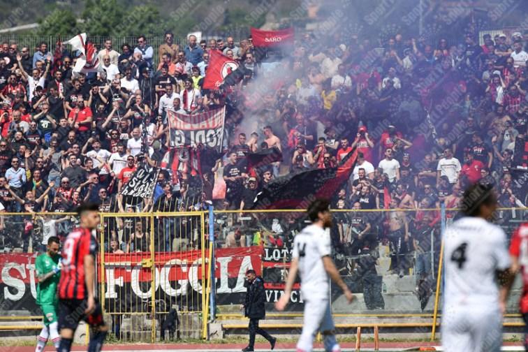 Casertana-Foggia-Lega-Pro-2016-17-01