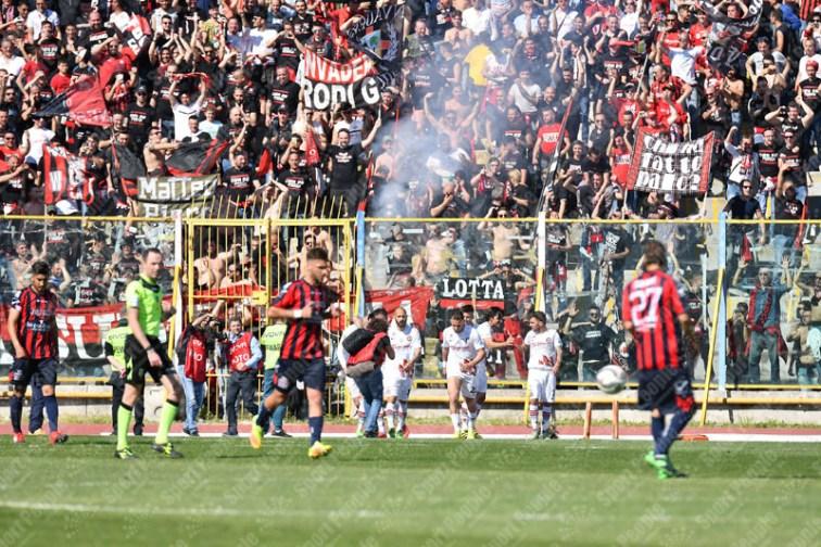 Casertana-Foggia-Lega-Pro-2016-17-12