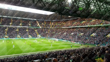 Celtic-Glasgow-Partick-Thistle-Scottish-Premiership-2016-17-01