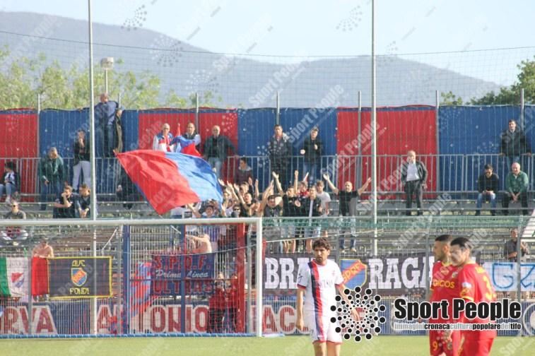 Unicusano-Fondi-Catanzaro-Lega-Pro-2016-17-09