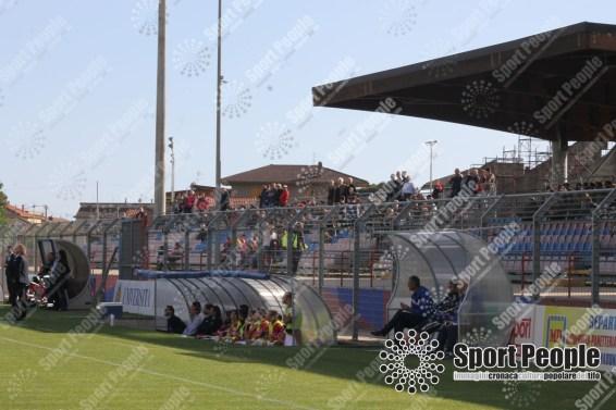 Unicusano-Fondi-Catanzaro-Lega-Pro-2016-17-11