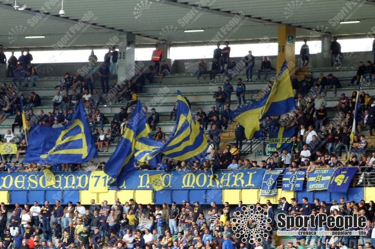Verona-Fiorentina-Serie-A-2017-18-01