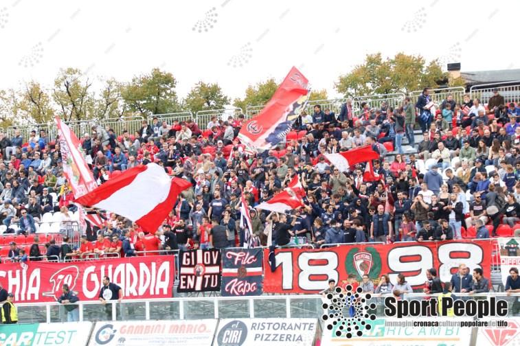 Vis-Pesaro-Vastese-Serie-D-2017-18-01