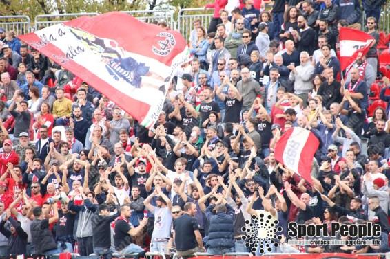 Vis-Pesaro-Vastese-Serie-D-2017-18-22