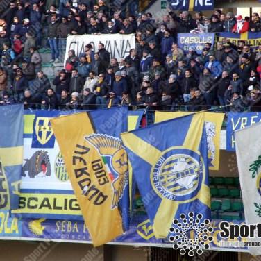 Verona-Milan-Serie-A-2017-18-13