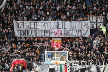 Virtus-Bologna-Pistoia-Serie-A-Basket-2017-18-10