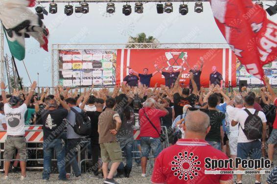 Festa Seguaci della Nord Bari (11)