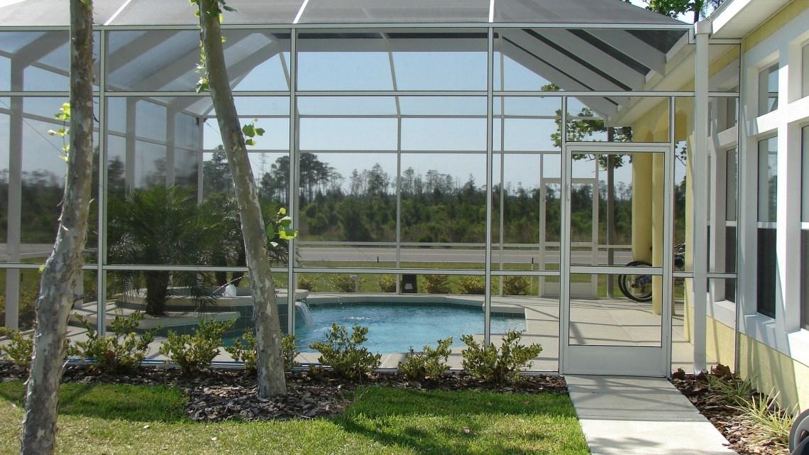 L'abri de piscine : dispositif valable pour la sécurité et la protection
