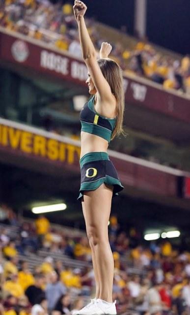 oregon-cheerleader-lisa28
