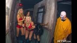 bucs-cheerleaders-howl-o-scream-2013-9