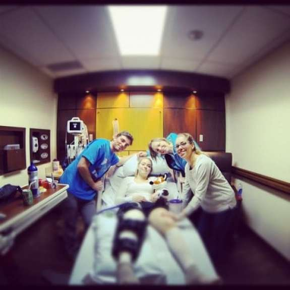lindsey-vonn-post-operation