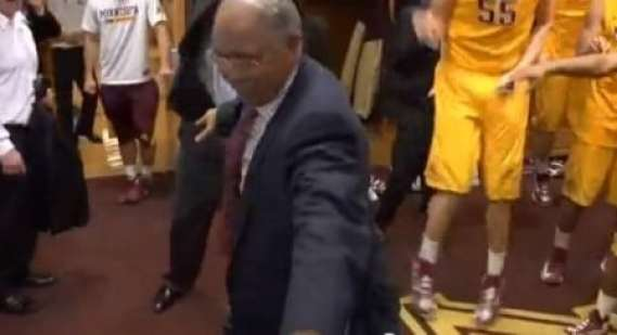tubby-smith-dancing