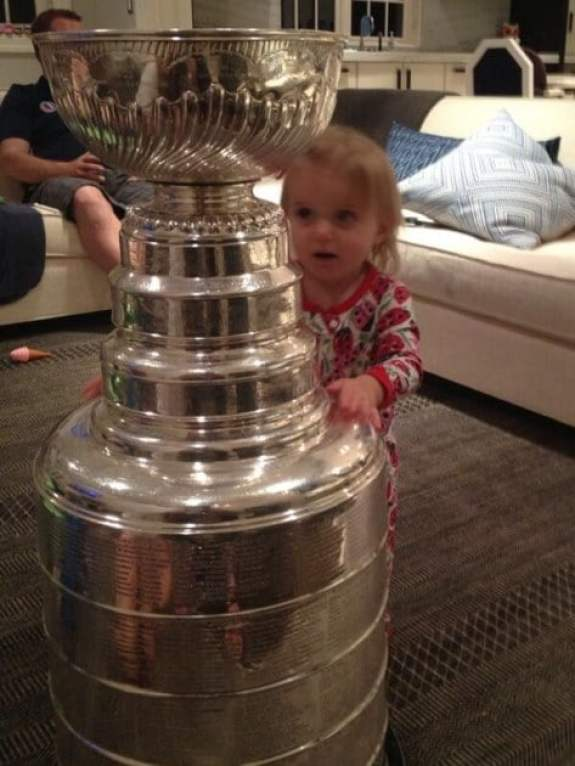 patrick-sharp-daughter-stanley-cup