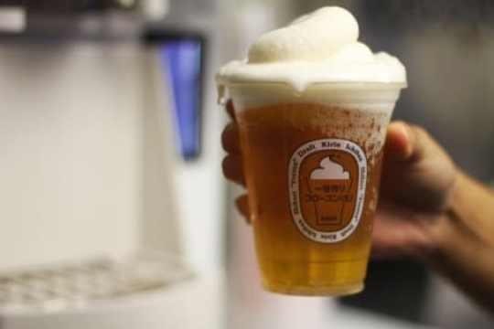 dodger-stadium-frozen-beer-foam-2