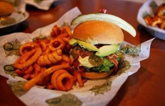 ryan-pickett-burger