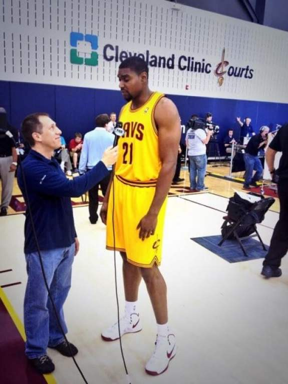 andrew-bynum-new-hairstyle