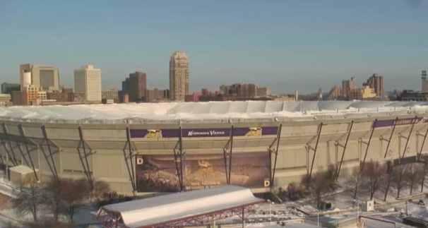 metrodome-roof-deflation