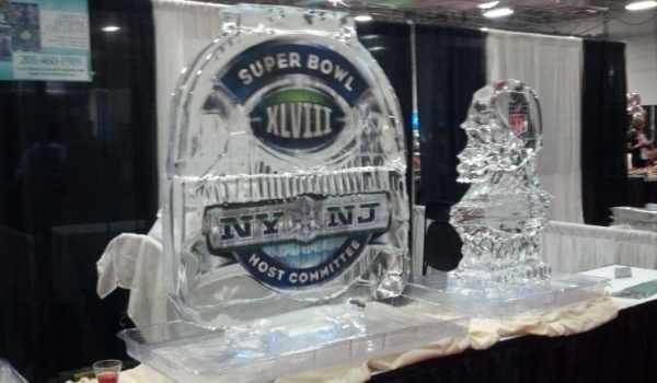 super-bowl-xlviii-ice-sculpture