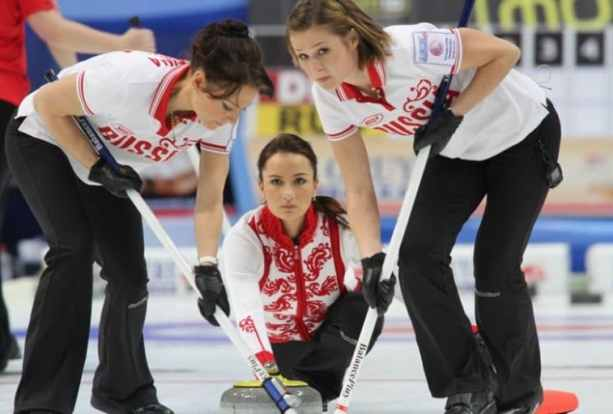 russia-women-olympic-curling-team-4