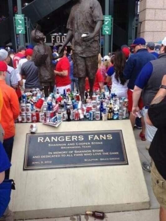 texas-rangers-trash-memorial