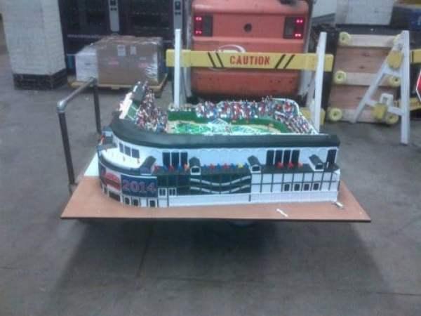 wrigley-field-cake-3