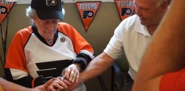 104-year-old-flyers-fan