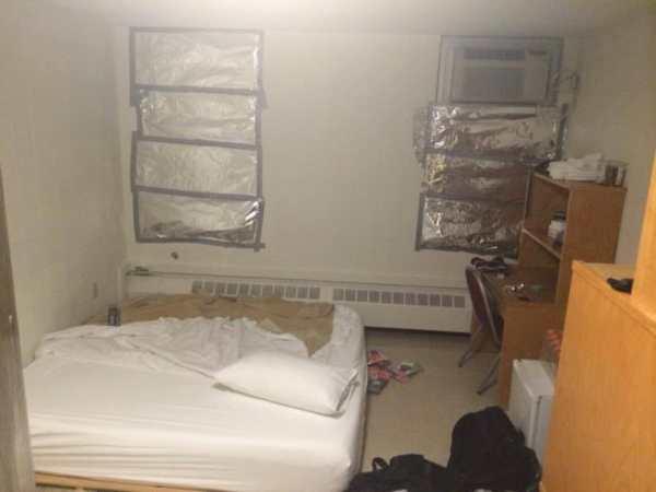 charles-tillman-training-camp-room