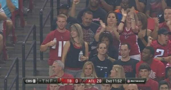 falcons-fan-junk-grab