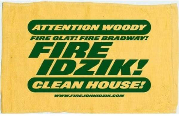 fire-idzik-penalty-flag-protest-towel