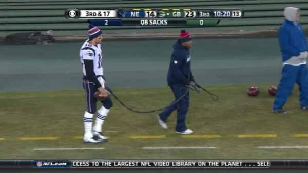 tom-brady-leash