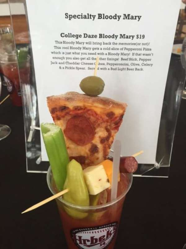twins-bloody-mary-pizza